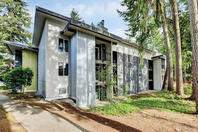 Bellevue Condo/Townhouse For Sale: 14725 NE 32nd St #B307