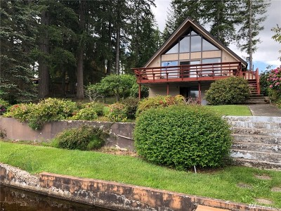 Shelton Single Family Home For Sale: 2191 E Timberlakes Dr W