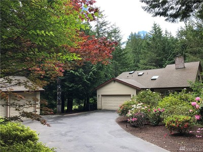 Bainbridge Island Single Family Home For Sale: 9660 Battle Point Dr NE