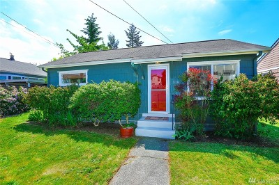 Seattle Single Family Home For Sale: 319 N 104th St