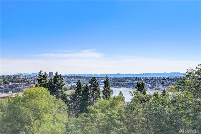 Seattle Single Family Home For Sale: 2410 Aurora Ave N #101
