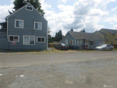 Tacoma Multi Family Home For Sale: 208 128th St S