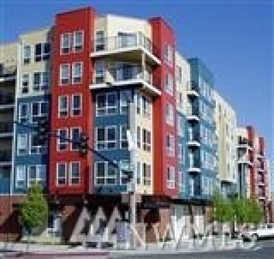 Everett Condo/Townhouse For Sale: 2818 Grand Ave #B-602