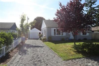 Oak Harbor Single Family Home Pending Inspection: 145 SE Glencoe St