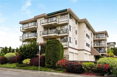 Edmonds Condo/Townhouse For Sale: 217 Alder St #103