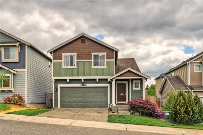 Spanaway Single Family Home For Sale: 2420 193rd St E