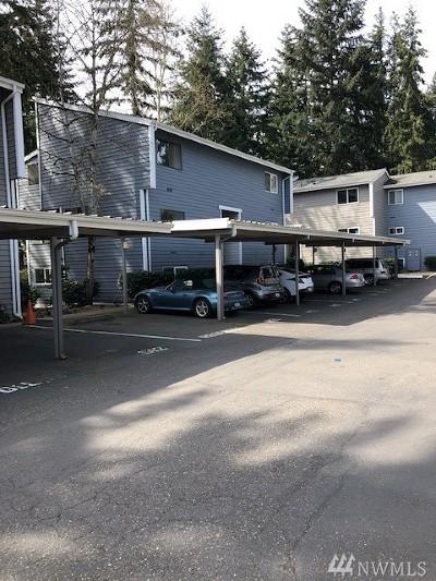 Bellevue WA Condo/Townhouse For Sale: $444,000