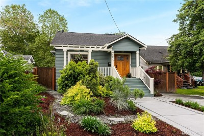 Seattle Single Family Home For Sale: 3332 35th Ave S
