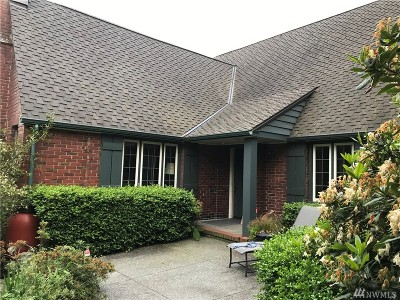 Seattle Single Family Home For Sale: 3909 E Madison St