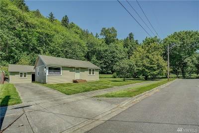 Renton Single Family Home For Sale: 3624 SE 5th St