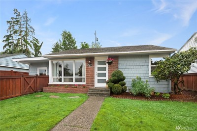 Seattle Single Family Home For Sale: 9275 31st Ave SW