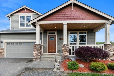 Orting Single Family Home Contingent: 23323 Fisk Rd E