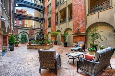 Tacoma Condo/Townhouse For Sale: 708 Market St #402