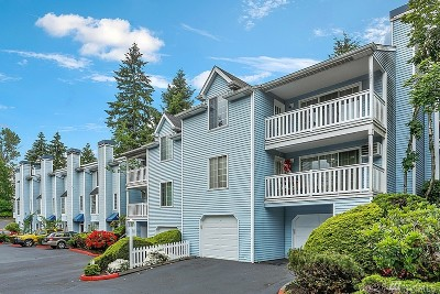 Bellevue Condo/Townhouse For Sale: 12300 SE 41st Lane