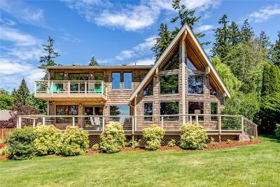 Single Family Home For Sale: 36253 Hood Canal Drive NE