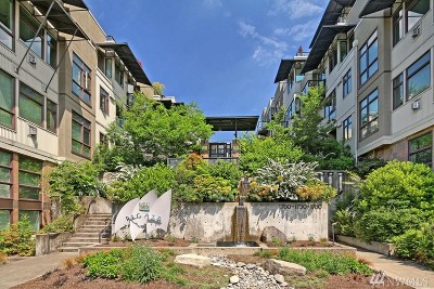Seattle Single Family Home For Sale: 1760 N Northlake Wy #124