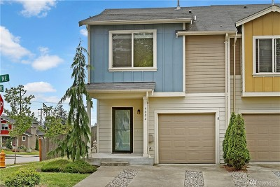 Marysville Condo/Townhouse For Sale: 4004 82nd Dr NE