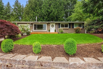 Redmond Single Family Home For Sale: 16242 NE 99th St