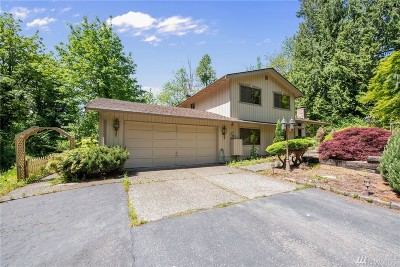 Issaquah Single Family Home For Sale: 16135 255th Ave SE