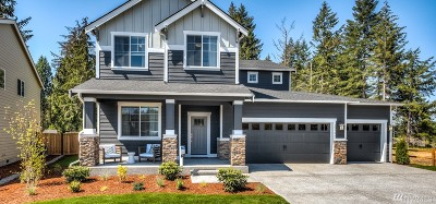 Puyallup Single Family Home For Sale: 12619 Emerald Ridge Blvd E #7