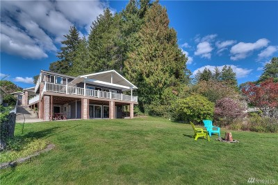 Pierce County Single Family Home For Sale: 18212 Bayview Rd NW