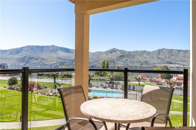Chelan Condo/Townhouse For Sale: 100 Lake Chelan Shores Dr #17-9
