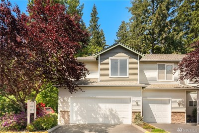 Everett Condo/Townhouse For Sale: 12530 Admiralty Wy #C101
