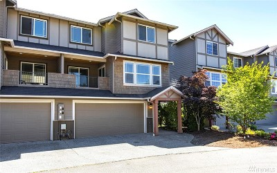 Lynnwood Condo/Townhouse For Sale: 14818 11th Place W #B