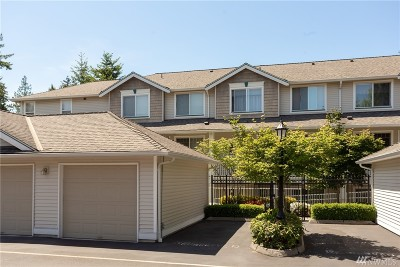Lynnwood Condo/Townhouse For Sale: 7031 196th St SW #B-103