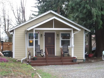 Ferndale Single Family Home For Sale: 3643 Galiano Dr