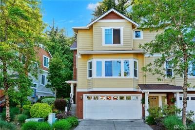 Bellevue WA Condo/Townhouse For Sale: $688,000