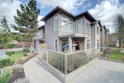 Renton Condo/Townhouse For Sale: 15325 SE 155th Place #D6