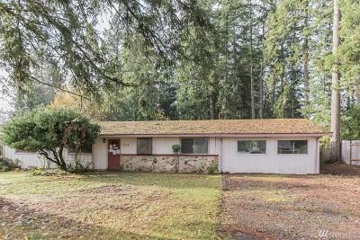 Pierce County Single Family Home For Sale: 204 Island Boulevard Fi