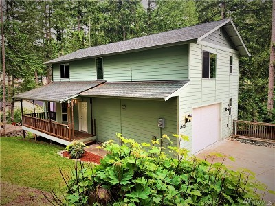 Yelm Single Family Home For Sale: 18024 Hi Lo Ct SE