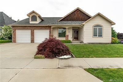 Chelan County Single Family Home For Sale: 402 Dogwood Lane