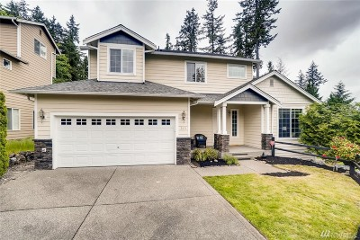 Lynnwood Single Family Home For Sale: 313 150th St SE