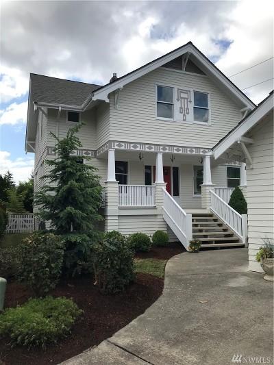 Covington Single Family Home Contingent: 16012 SE 249th. Pl.