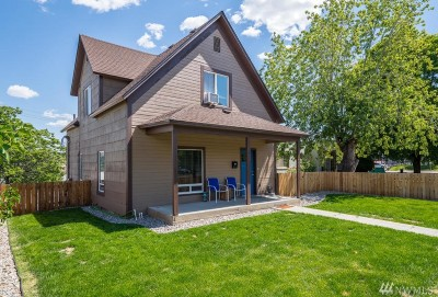 Chelan County Single Family Home For Sale: 115 N Buchanan Ave