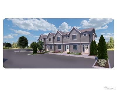 Ferndale Condo/Townhouse For Sale: 5698 Sunstone Place #101