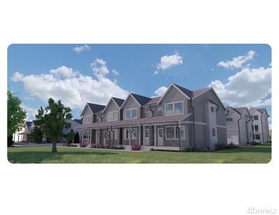 Ferndale Condo/Townhouse For Sale: 5694 Sunstone Place #101