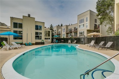 Seattle Condo/Townhouse For Sale: 5824 NE 75th St #D-304