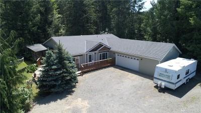 Belfair Single Family Home For Sale: 230 E Nikki Lane