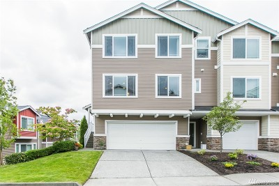 Lynnwood Condo/Townhouse For Sale: 15720 Manor Way #L1