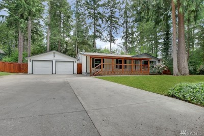 Yelm Single Family Home For Sale: 18406 Tapaderos St SE