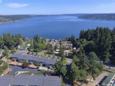 Bellevue Condo/Townhouse For Sale: 4189 W Lake Sammamish Pkwy SE #B-209