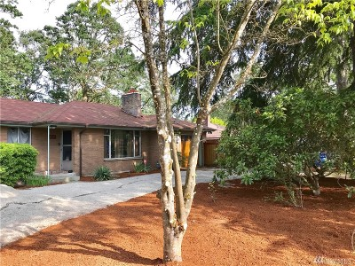 Lakewood Single Family Home For Sale: 8307 Tucka Way Dr SW