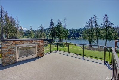 Sedro Woolley Condo/Townhouse For Sale: 990 Lake Whatcom Blvd #64