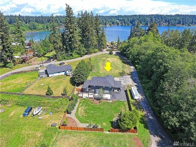 Stanwood Single Family Home For Sale: 17032 Westshore Rd
