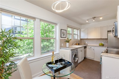 Condo/Townhouse Sold: 124 Warren Ave N #110