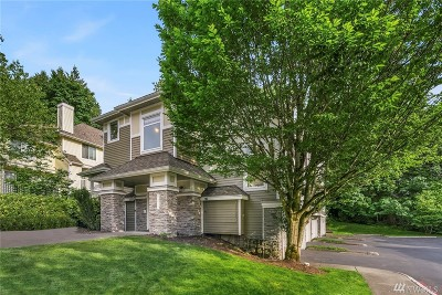 Bellevue Condo/Townhouse For Sale: 6673 SE Cougar Mountain Wy